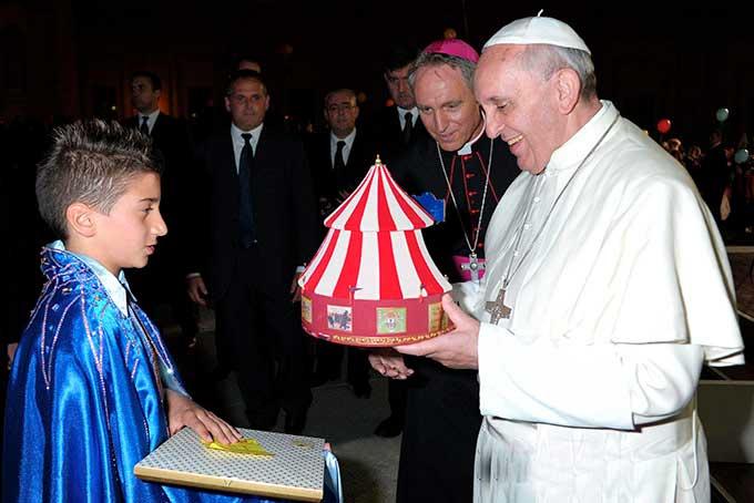 papa francesco circo orfei